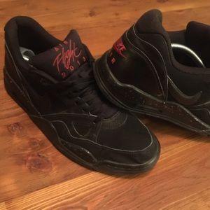 Nike Flight 13 Lows Black/Wolf Grey